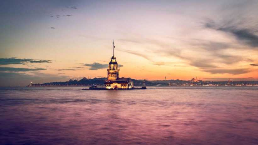 istanbul-turkey-maiden-s-tower-bosphorus-wallpaper-min2