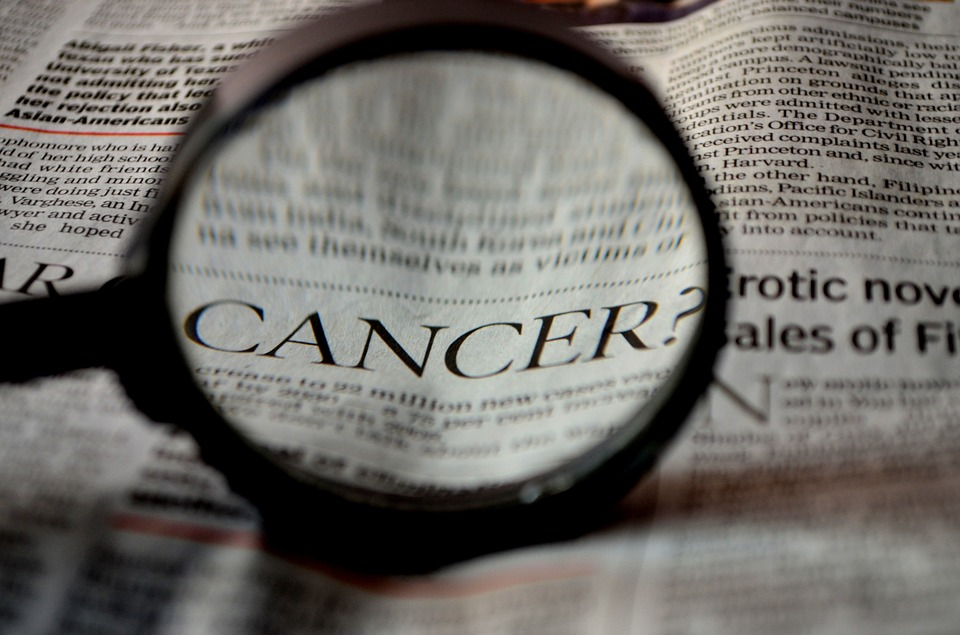 These are the early warning signs of cancer you may not know dans الصحة cancer-389921_960_720